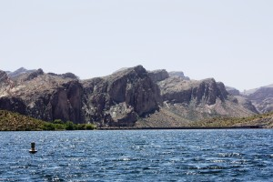 apache lake, mountains